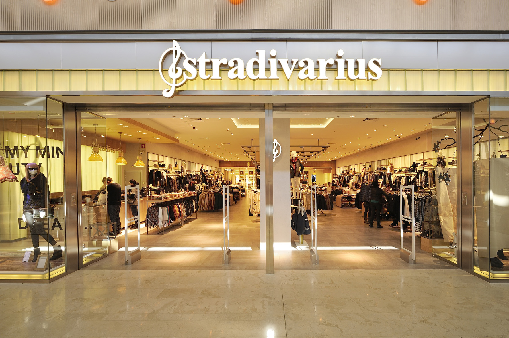 shop-stradivarius